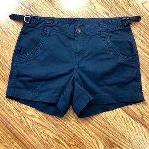 Athleta Hiking Shorts Size 6